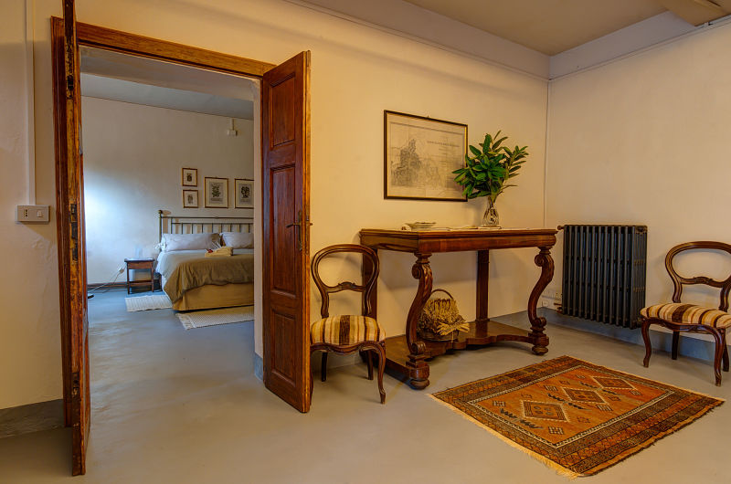 Apartment-entry-hall_garden_opt
